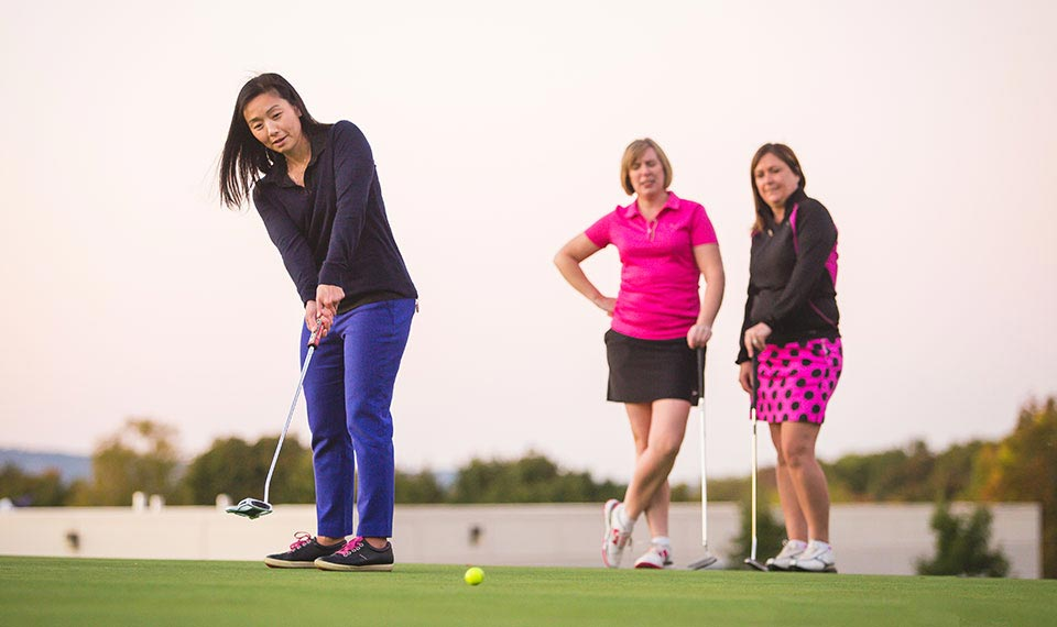 Monday Night Women's Group Lessons at Riverside